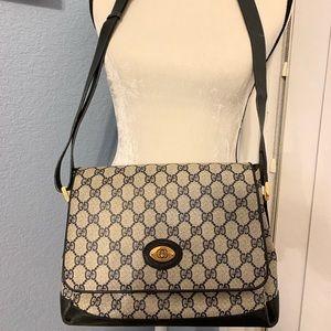 Vintage Gucci crossbody